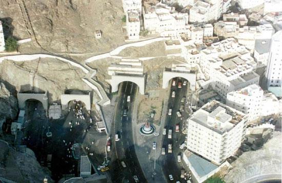 terowongan-aziziyah-masjidul-haram.jpg